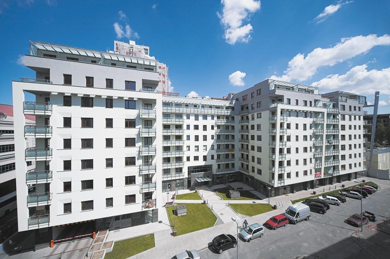 Capital Art Apartments zlokalami usługowymi wparterach
