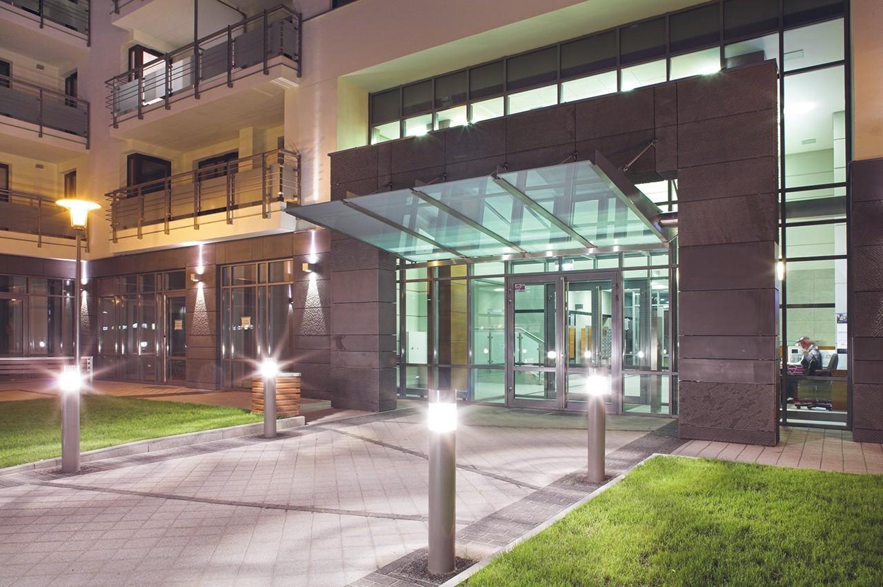Capital Art Apartments - mieszkańcy mają do dyspozycji lokale usługowe